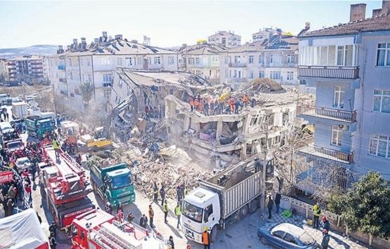 Elazığ'a bilimsel rapor: Hasarın nedeni 'yapışık bina'!