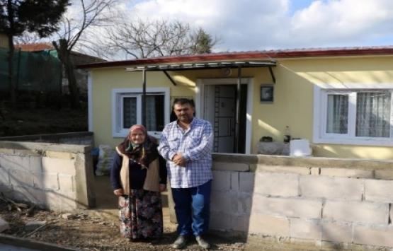 Kocaeli Büyükşehir'den ihtiyaç sahibi aileye yeni ev!
