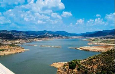 Gördes Barajı'na beton kaplama yapılacak!