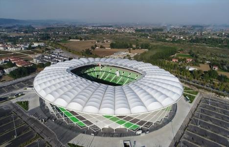 Yeni Sakarya Atatürk Stadı'nda ilk maç yarın oynanacak!