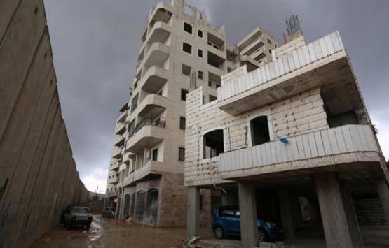 İsrail, Doğu Kudüs'te Filistinlilere ait binayı yıktı!