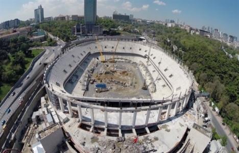 Vodafone Arena'nın çatı