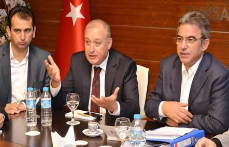 Antalya'da AVM'lere karşı tek vücut oldular!