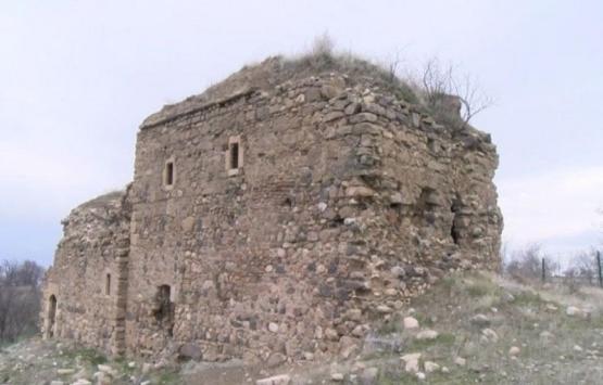 Tarihi Surp Kevork Manastırı kaderine terk edildi!