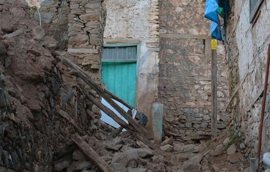 Malatya'da depremzedeler konteynerlere yerleşiyor!