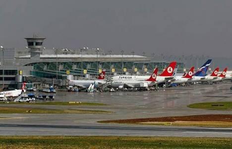 Atatürk Havalimanı'nda son 24 saatte 667 uçak iniş yaptı!
