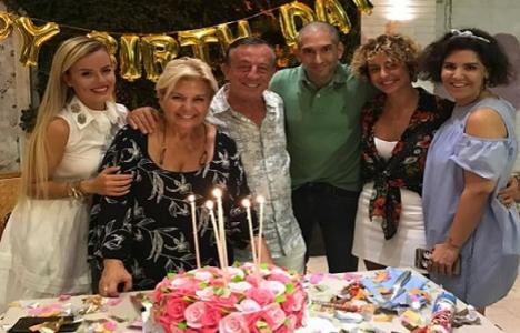 Ali Ağaoğlu çalışanı için doğum günü partisi düzenledi!