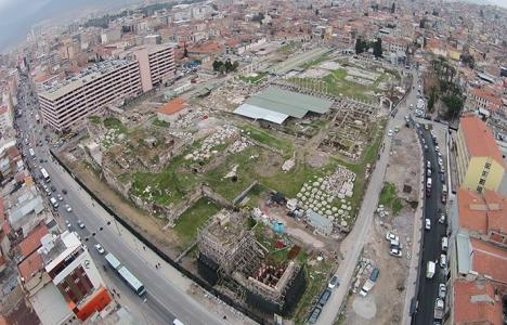 İzmir'de 2 milyar