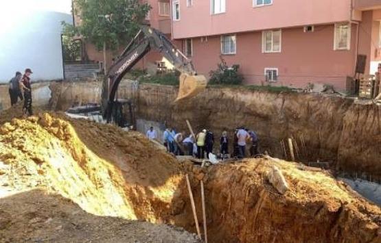 Sultanbeyli'de inşaatta toprak kayması!