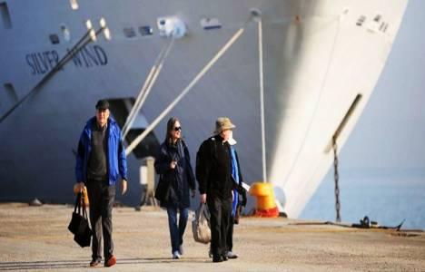 Her 3 turistten biri Antalya'ya geldi!