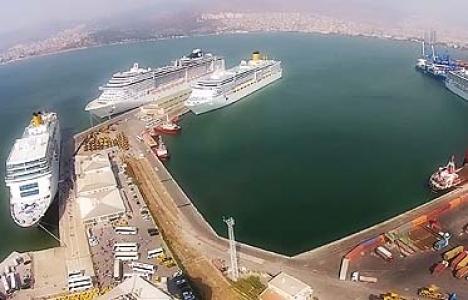 İzmir'e aynı anda