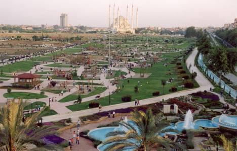 Adana'da şehir merkezlerinde