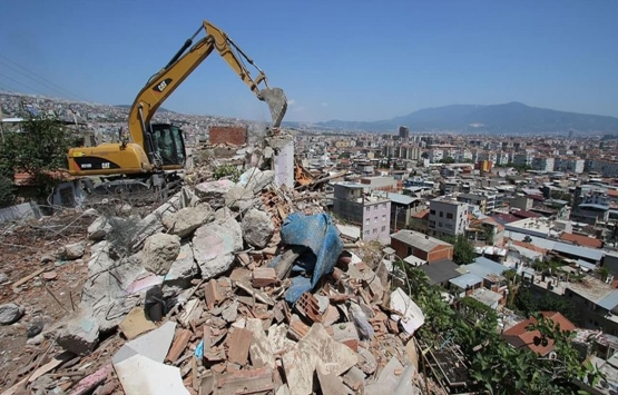 İzmir Bayraklı'da riskli yapılar için düzenleme!