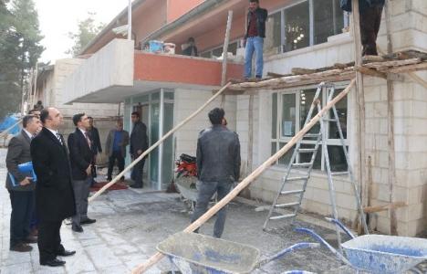 Şanlıurfa Halk Eğitim Merkezi binasının cephesi onarılıyor!