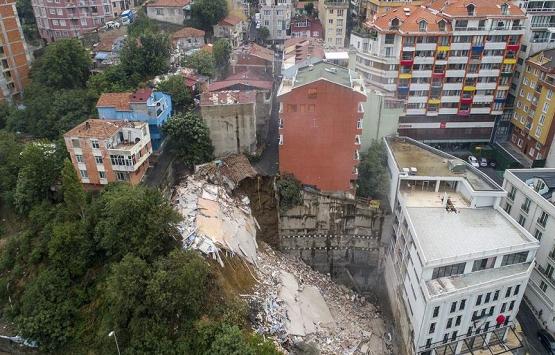 Beyoğlu'nda 7 bina