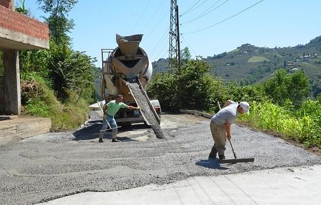 Trabzon'da yol çalışmaları tam gaz!