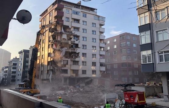 Kartal'da 10 katlı binada yıkım devam ediyor!