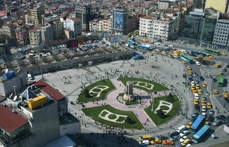 İstanbul'un meydanları merkezden