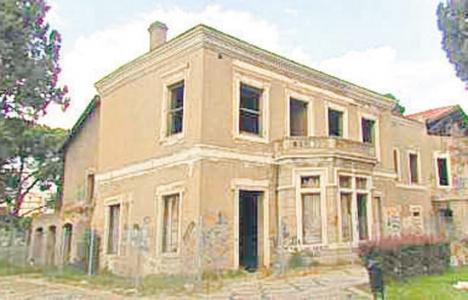 İzmir'deki Peterson Köşkü