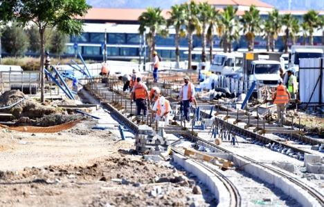 Konak Tramvayı'nın inşaat