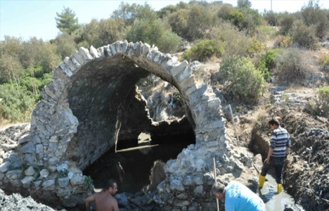 Kuşadası'ndaki Roma hamamı restore edilecek!