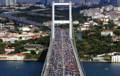 Boğaziçi Köprüsü'nden yürüyerek
