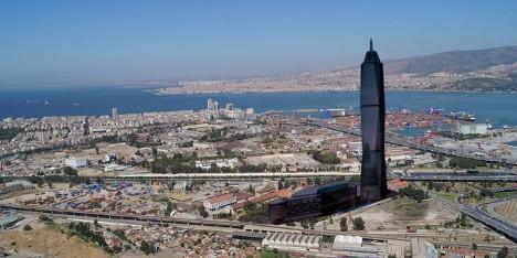 http://www.emlakkulisi.com/resim/tamboyut/ODU0MjQyNj-izmir-yeni-konut-projeleri-2014.jpg