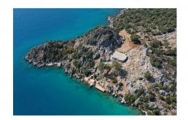 Üçağız Yarımadası'ndaki kaçak villa için yıkım kararı alındı!