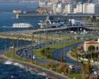 Temelsiz projeler İzmir'e zarar veriyor