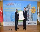Ege Yapı, İstanbul Shopping Fest ödülü 1+1 daireyi teslim etti!