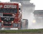 250 milyon dolarlık İstanbul Park pisti kamyonlara kaldı!
