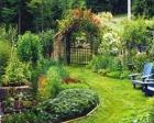 Yaza göre evi yenilemek, bahçeleri düzenlemek lazım