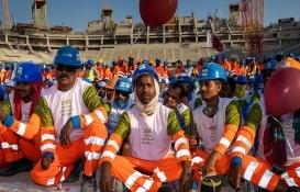 2022 Dünya Kupası hazırlıklarının yüzde 75'ini tamamlayan Katar'da kutlama!
