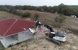 Silivri Çayırdere Mahallesi'nde 2 kaçak yapı yıkıldı!