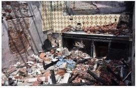 Buca'daki metruk bina mahallelinin korkulu rüyası oldu!