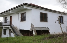 Ordu'daki riskli 12 ev tahliye edildi!