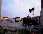Manisa Sarıgöl'de fay hattındaki evler yıkılıyor!