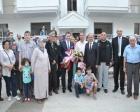 Balıkesir Karesi'de kooperatif evlerinin tapuları dağıtıldı!