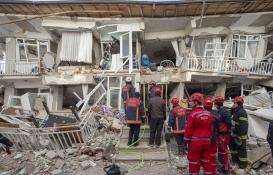 AK Parti genel başkan yardımcıları, deprem bölgesinde incelemelerde bulundu!