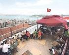 İstanbul'da Tarihi Yarımada'da çatı ayarı!