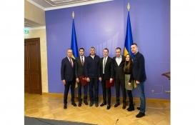Ukrayna Dinyeper Köprüsü'nü Onur Taahhüt inşa edecek!