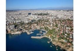 Antalya'da 11 milyon TL'ye satılık bina!