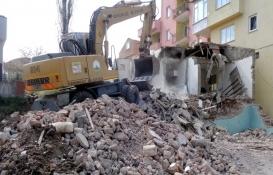 Osmangazi'de metruk binalar yıkılıyor!
