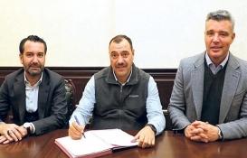 Sadettin Saran Elazığ'a spor salonu yaptırıyor!