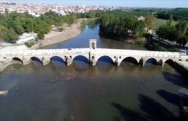 Tarihi Tunca Köprüsü'nün restorasyonu tamamlandı!