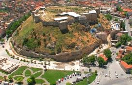Nurdağı Belediyesi'nden 5.3 milyon TL'ye satılık 3 gayrimenkul!