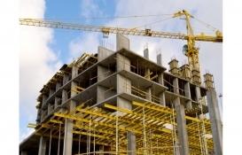 Erzincan'da çatıdan düşen inşaat işçisi öldü!