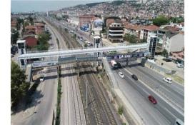 Kocaeli Büyükşehir D-100 42 Evler bölgesinde köprü yapıyor!