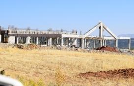 Şehit Fethi Sekin Külliyesi'nin inşaatını İzmir Büyükşehir Belediyesi tamamlayacak!