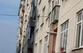 Rize'deki eğimli binalar görenleri şaşırtıyor!